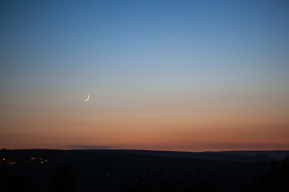 Moonset over Heptonstall